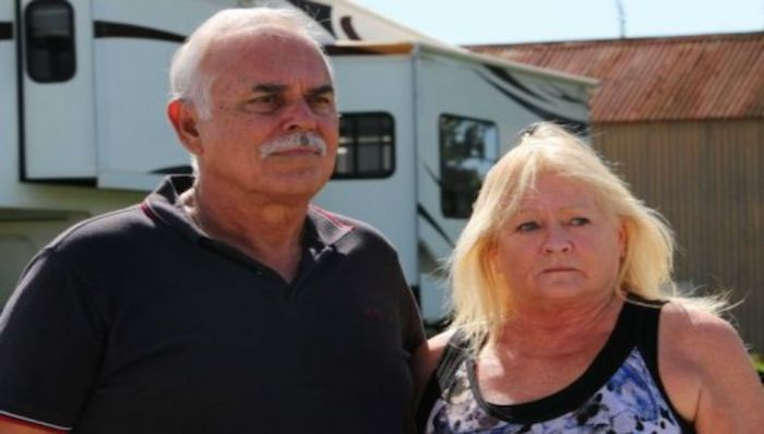 Photo Peter and Maureen Saciuk are living in a borrowed caravan after selling their home of 23 years. ABC News: Chris Gillette
