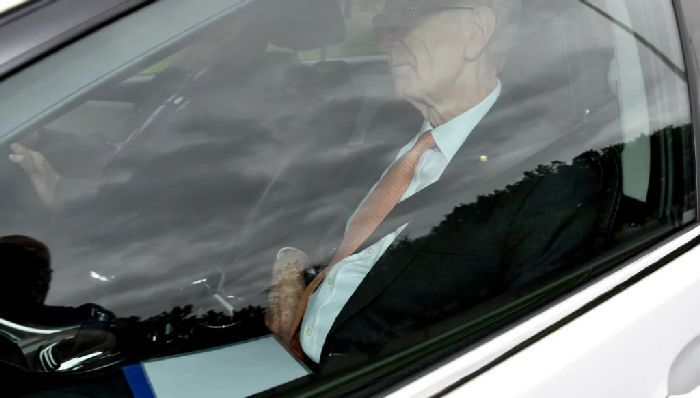 Commissioner Kenneth Hayne arrives at government house with the final report of the royal commission. CREDIT:AAP