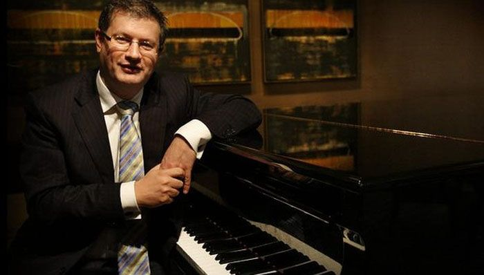Facing the music: NAB wealth division chief Andrew Hagger. Photo: Louise Kennerley