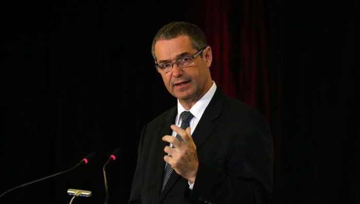 "Shadow Special Minister of State Stephen Conroy this morning indicated Labor would seek to give MPs such as Queensland Liberal backbencher Warren Entsch and NSW National John ""Wacka"" Williams the opportunity to prove they're not ""all talk"". Picture by Kym Smith"