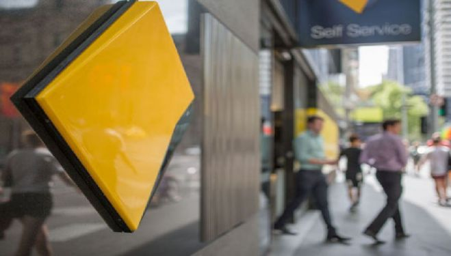 Banking royal commission: ASIC should cancel big banks' operating licences if they behave badly, experts say