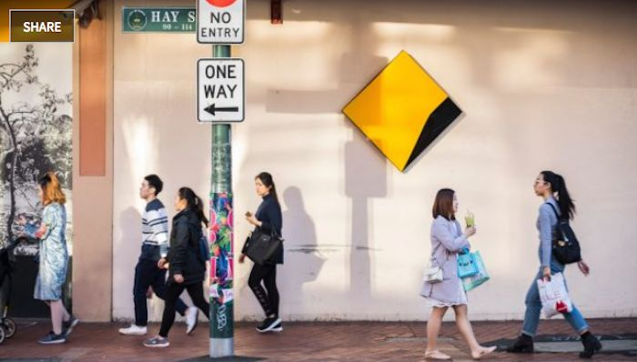 Shareholders launch class action against CBA  A class action has been launched against the Commonwealth bank over its ATM scandal.