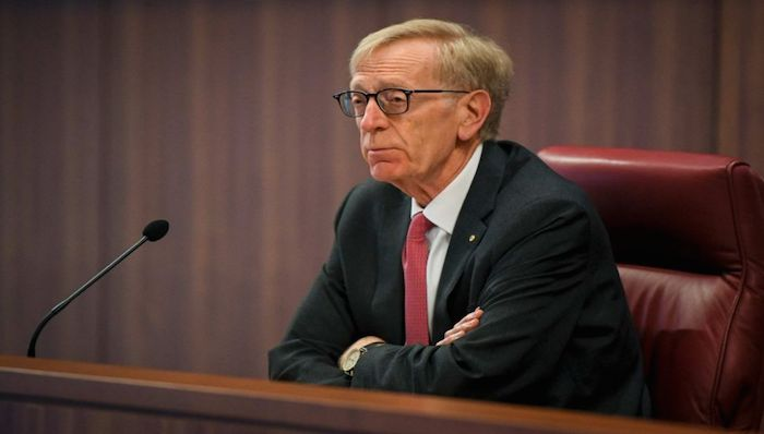 Photo: The Commissioner Kenneth Hayne during the Royal Commission's initial public hearing into Misconduct in the Banking Superannuation and Financial Services Industry in Melbourne. (AAP: Edie Jim)