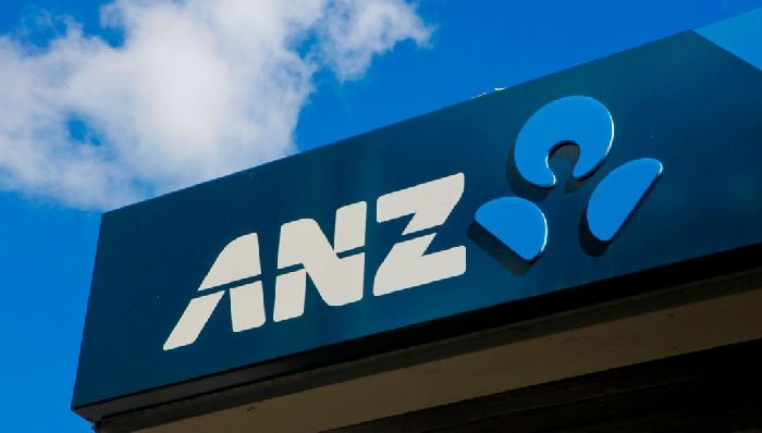 ANZ Bank said it would support a moratorium on enforcement action towards drought-stricken farms. Photo: Glenn Hunt